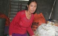 Cô giáo dạy 37 năm bật khóc khi nhận lương hưu 1,3 triệu đồng/tháng