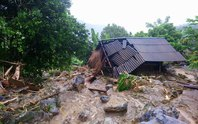 Thiệt hại nặng nề do mưa lũ: 62 người chết và mất tích