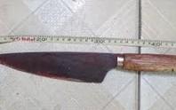Mâu thuẫn vì phụ nữ lúc nhậu, cầm dao đâm chết chủ nhà