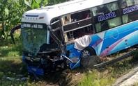 Tai nạn liên hoàn trên Quốc lộ 1, 1 tài xế chết tại chỗ