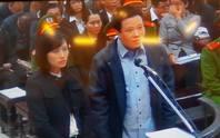 Bị cáo vừa khóc vừa trình bày trước tòa xử vụ Hà Văn Thắm
