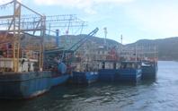 """Vụ tàu vỏ thép: Ngư dân khóc ròng, Tổng cục Thủy sản nói """"khá thành công"""""""