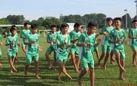 Học viện NutiFood đá chân trần với U13 Kawasaki