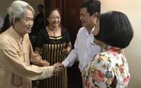 NSND Huỳnh Nga vui mừng nhận nhà mới