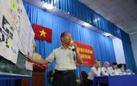 Cử tri nhập vai xe ôm vào sân golf Tân Sơn Nhất tìm chứng cứ