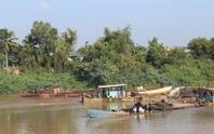 Trảm 13 dự án khai thác cát trên sông Đồng Nai