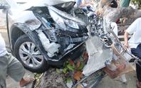 Xe điên gây tai nạn liên hoàn ở Nha Trang