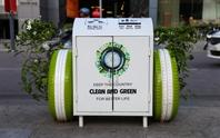 Vì sao thùng rác ở phố đi bộ Nguyễn Huệ có 2 bánh xe?