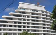 """VIDEO: Đang đo đạc để """"cắt ngọn"""" khách sạn 5 sao ở Phú Quốc"""