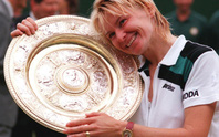 Cựu tay vợt Novotna qua đời vì ung thư
