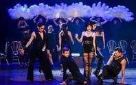 Không đạt thỏa thuận bản quyền, nhạc kịch Chicago hoãn diễn