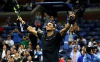 Federer thoát hiểm, Nadal vào vòng 3 Mỹ mở rộng