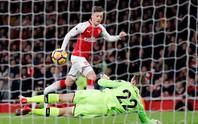 Ngược dòng điên rồ, Arsenal chia điểm Liverpool ở Emirates