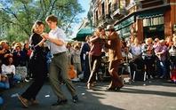 Bệnh nhân Parkinson nên… nhảy Tango
