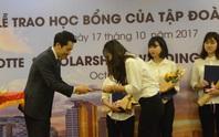 Sinh viên Đà Nẵng nhận 3000 USD học bổng từ doanh nghiệp Hàn Quốc