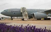 Máy bay tiếp liệu Anh suýt tiêu đời vì chiến đấu cơ Mỹ