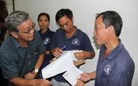 Báo Người Lao Động hỗ trợ công nhân Khánh Hòa tan hoang nhà cửa sau bão