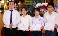 Trao 28 suất học bổng cho sinh viên Trường ĐH Y Dược TP HCM