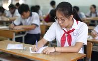 Chùm ảnh: Nét căng thẳng, âu lo ngày đầu thi lớp 10