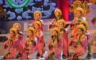 Ngắm nghệ sĩ Việt - Hàn - Nga - Campuchia lộng lẫy trên sân khấu