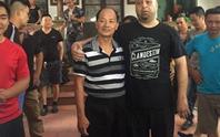 Chuẩn võ sư Pierre Francois Flores lại thắng... võ sư 60 tuổi