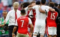 HLV Wenger ở lại: Phương án an toàn