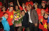 Mẹ Bùi Tiến Dũng ngất khi Quang Hải ghi bàn gỡ hòa cho U23 Việt Nam