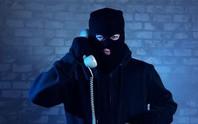 1 phụ nữ ở Trà Vinh bị lừa hơn 800 triệu chỉ bằng vài cuộc điện thoại