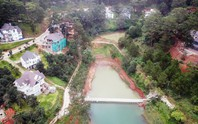 Clip: Xót lòng nhìn thắng cảnh hồ Tuyền Lâm bị băm nát