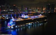 """Du thuyền lớn nhất thế giới """"chào sân"""" tại Mỹ"""