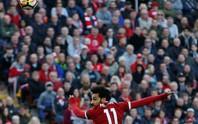 Salah ghi bàn đẹp nhất vòng 34 Premier League