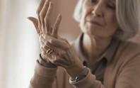 Tê tay thường xuyên, vì sao?