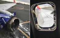 Mỹ: Máy bay nổ động cơ, hành khách cứu 1 phụ nữ suýt văng khỏi cửa sổ