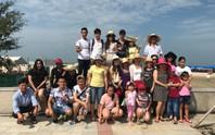 Chủ nhà trọ tổ chức cho công nhân đi du lịch