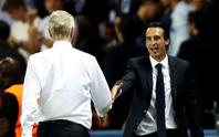 HLV U.Emery và A.Wenger đổi ghế?