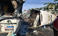 Xe khách và xe tải đối đầu thảm khốc, 10 người thương vong