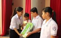 Hàng ngàn học bổng cho con CNVC-LĐ