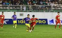 V-League vào giai đoạn căng sức mà đá