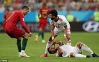 VAR bị tố thiếu minh bạch, phớt lờ thẻ đỏ cho Ronaldo