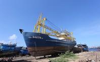 Vụ khốn đốn vì tàu vỏ thép nằm bờ: Đến lượt BIDV kiện ngư dân