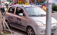 Du khách Hàn Quốc phát hoảng vì bị tài xế taxi Nha Trang chặt chém