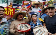 Hơn 80% dân Philippines phản đối ngồi im trước Trung Quốc ở biển Đông
