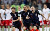 Lại đấu súng 11 m, thủ môn Croatia xuất sắc hơn Đan Mạch