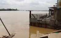 Chưa hết hạn bảo hành, kè tiền tỉ trôi xuống sông Đồng Nai