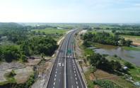 Ngắm cao tốc hơn 34.500 tỉ đầu tiên ở miền Trung trước ngày thông xe