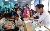 Nhiều trẻ mắc bệnh sởi, tay chân miệng