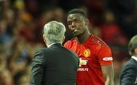 """HLV Mourinho """"nắn gân"""" Pogba"""
