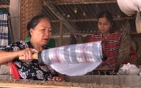 Bí quyết của làng nghề bánh tráng trăm năm phục vụ Tết