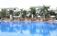 Thí sinh Hoa hậu Hoàn vũ 2017 khoe dáng với trang phục bikini nóng bỏng