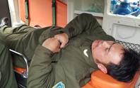 Nhân viên an ninh hàng không bị cò mồi dùng khóa càng xe máy đánh vào mặt